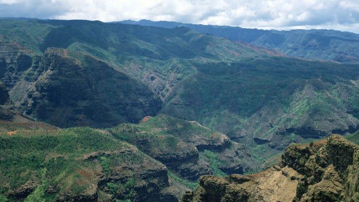 太平洋のグランドキャニオン『ワイメア渓谷』